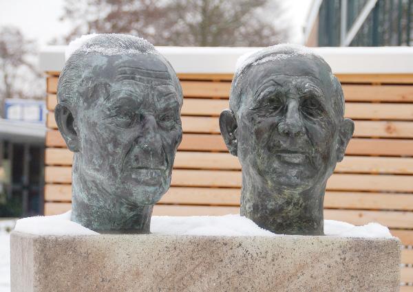 Konrad-Adenauer | Charles-de-Gaulle 40-Jahre-Elysee-Vetrag 2003 | Leverkusen-Manfort