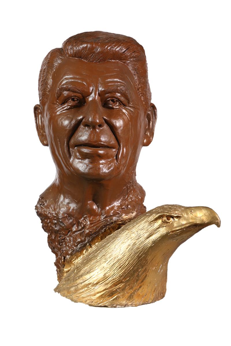 Ronald Reagan mit Adlerkopf